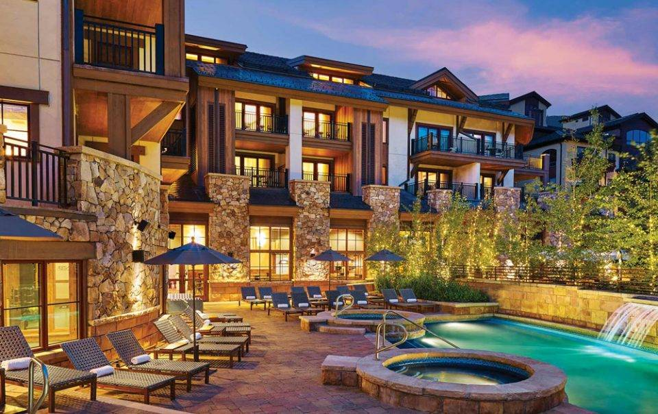 vail hotel with ski shop