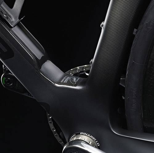 https://www.avonventuresports.com/wp-content/uploPinarello Dogma F12 Road Bike Detail
